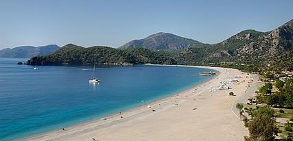 Club Belcekiz Beach Hotel Havuz / Deniz