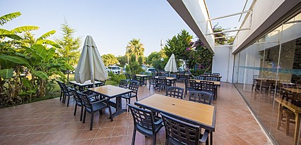 Club Hotel Flora Yeme / İçme