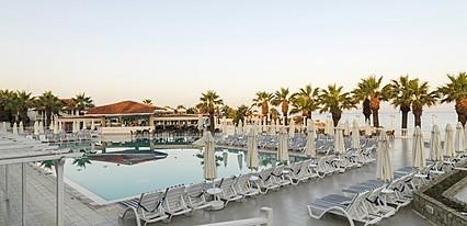 Club Tarhan Beach Hotel Havuz / Deniz