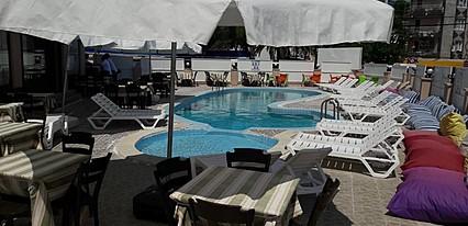 Club Ürgenç Hotel Havuz / Deniz