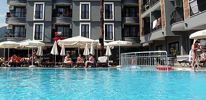 Club Viva Hotel Havuz / Deniz