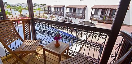 Costa Bitezhan Beach Oda