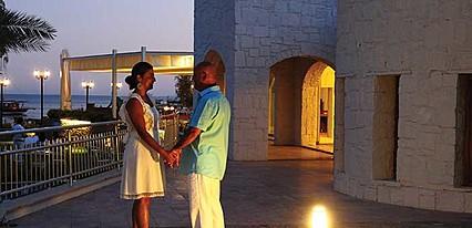 Costa Luvi Hotel & Suites Genel Görünüm