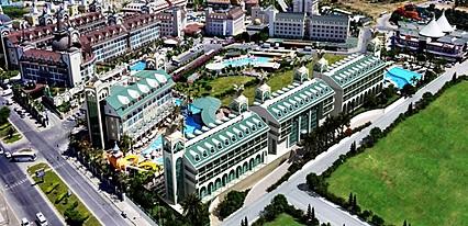 Crown Charm Palace Side Genel Görünüm