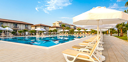 Crystal Boutique Beach Resort Havuz / Deniz