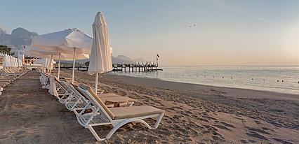 Crystal Flora Beach Havuz / Deniz