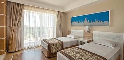 Crystal Sunset Luxury Resort Spa Oda