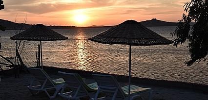 Cunda Asiyan Butik Otel Havuz / Deniz