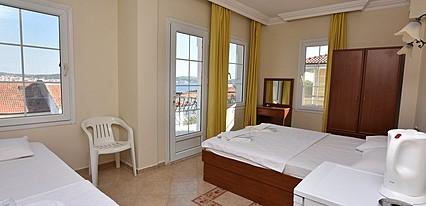 Cunda Uzun Otel Oda