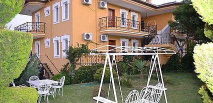 Cunda Uzun Otel Genel Görünüm