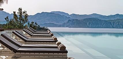 D-Hotel Maris Bay Havuz / Deniz