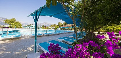 Daima Biz Hotel Havuz / Deniz