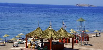 Denizatı Tatil Köyü Havuz / Deniz