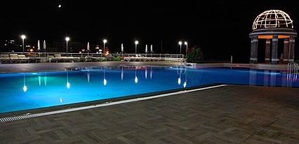 Dome Hotel & Casino Havuz / Deniz