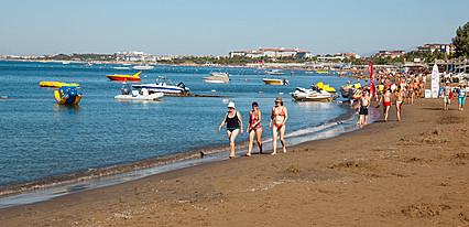 Dosi Hotel Havuz / Deniz