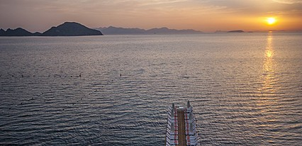 Dragut Point North Hotel Havuz / Deniz