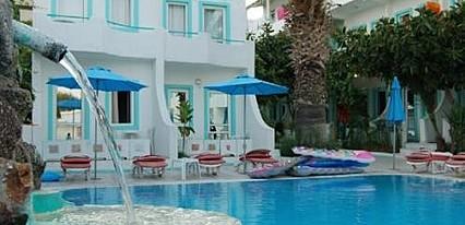 Erta Soyak Beach Hotel Havuz / Deniz
