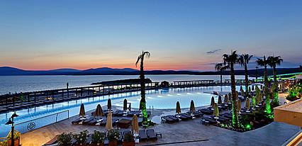 Euphoria Aegean Resort & SPA Havuz / Deniz