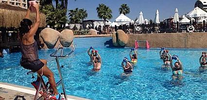 Fame Residence Lara Spa Havuz / Deniz