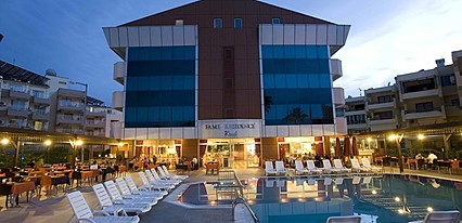 Fame Residence Park Havuz / Deniz