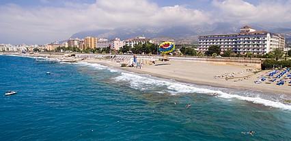 First Class Hotel Havuz / Deniz