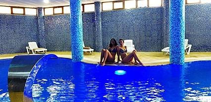 Form Termal Havuz / Deniz