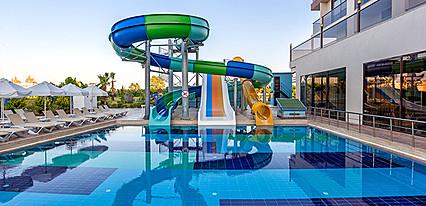 Glamour Resort & Spa Havuz / Deniz