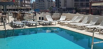 Gökkuşağı Hotel Havuz / Deniz