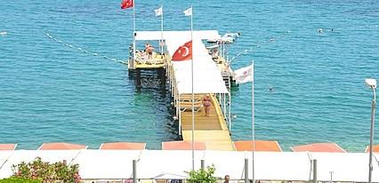 Golden Lotus Hotel Havuz / Deniz