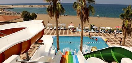 Grand Akca Otel Havuz / Deniz