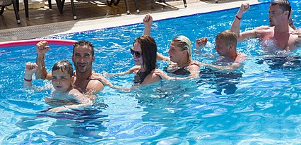 Grand Atilla Otel Havuz / Deniz