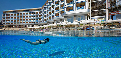 Grand Kaptan Hotel Havuz / Deniz