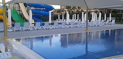 Grand Park Lara Hotel Havuz / Deniz