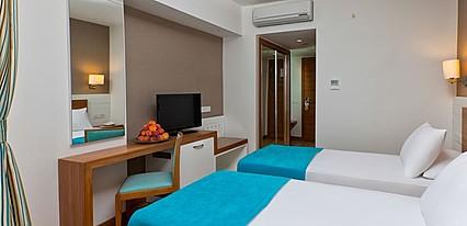 Grand Park Lara Hotel Oda