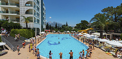 Grand Ring Hotel Havuz / Deniz