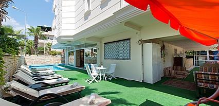 Green Beyza Hotel Havuz / Deniz