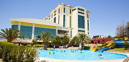 Gungor Ottoman Palace Thermal Resort & Spa Havuz / Deniz