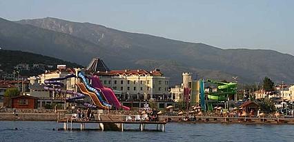 Gure Saruhan Thermal Hotel Havuz / Deniz