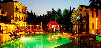 Harman Hotel Havuz / Deniz