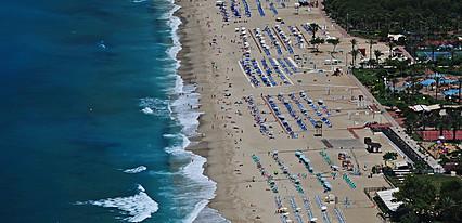 Hildegard Hotel Havuz / Deniz