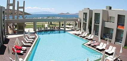 Hotel Ambrosia Havuz / Deniz