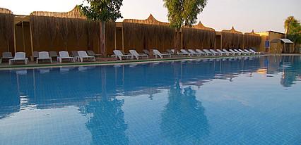 Hotel Beyt Havuz / Deniz