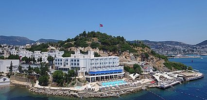 Hotel Mavi Kumsal Havuz / Deniz