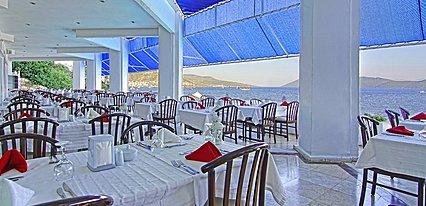 Hotel Mavi Kumsal Yeme / İçme