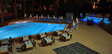 İdaş Park Hotel Havuz / Deniz