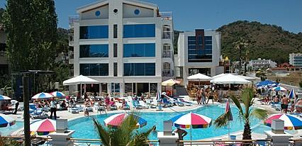 İdeal Pearl Hotel Havuz / Deniz