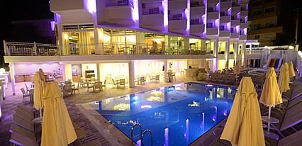 İdeal Piccolo Hotel Havuz / Deniz