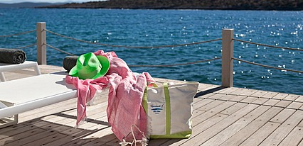 IL Riccio Beach House Havuz / Deniz