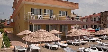 Istanbul Sahil Motel Havuz / Deniz