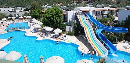 Izer Hotel Beach Club Havuz / Deniz